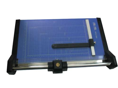 May lanh cu - Bàn cắt giấy A3 TATA RPT-480